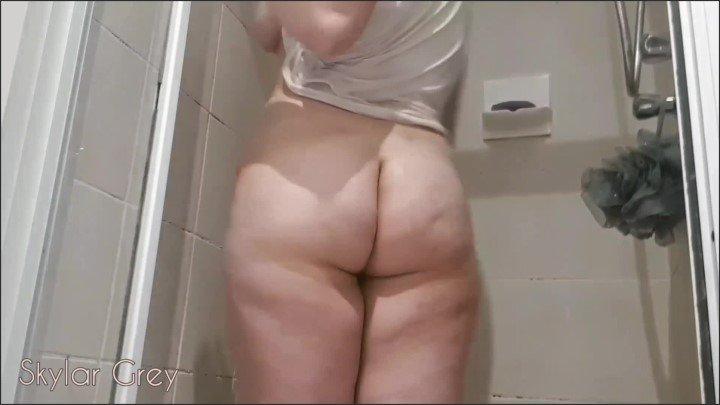 [Full HD] Wet Horny - Skylar Grey - - 00:11:15   Wet T Shirt, Solo Masturbation - 348,9 MB