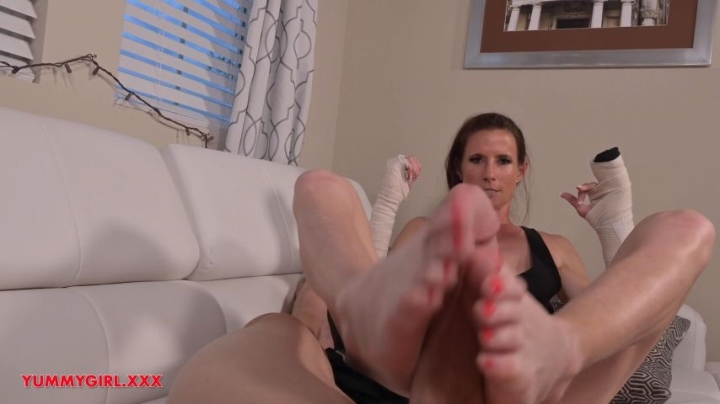 Sofie Marie Broken Hands Step Mom Foot Job Hd