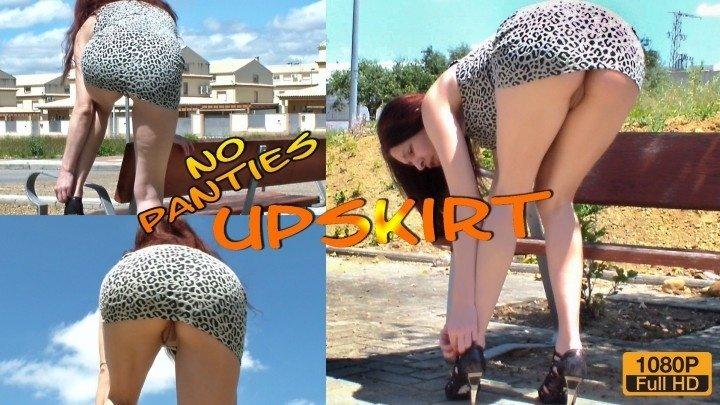Spaingirl Public Upskirt No Panties