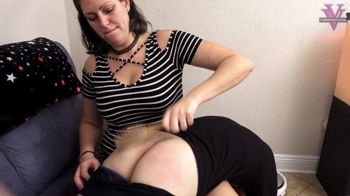 Spoiled Mean Milfs Mom Said Not To Use Her Brush