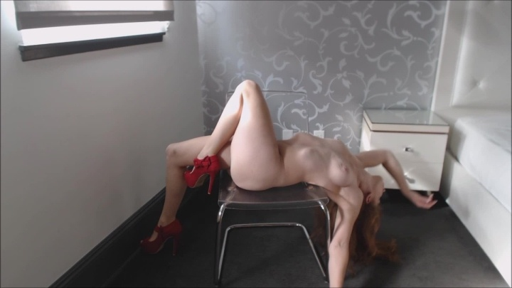 Squishergirl A Simple Striptease