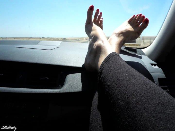 Stella Liberty Car Feet