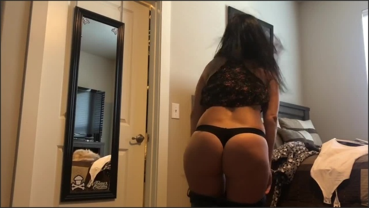 [HD] Look At My Stepmom S Ass In These Jeans Real Spycam - StepmomPeep - - 00:10:40   Babe, Verified Amateurs, Caught - 94,9 MB