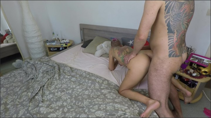 [Full HD] His Penis Interrupts Me On The Phone Big Load Of Cum On My Tits - Suicide Squirt - - 00:12:44 | Cell Phone Blowjob, Amateur, Tattoo - 463,8 MB