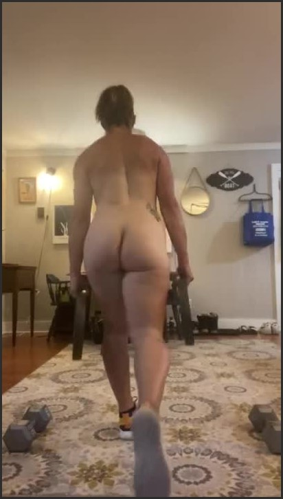 [HD] Sweaty Naked Workout  - Suzie Blue - -00:08:32 | Verified Amateurs, Big Ass, Naked Workout - 42,4 MB