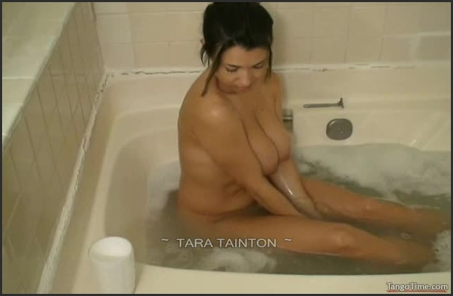 Tara Tainton Im Waiting For You In The Tub