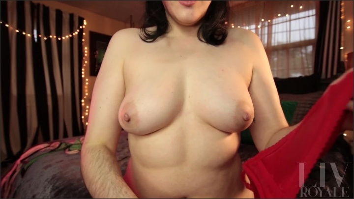 [Full HD] Trying On Too Small Bras - TheRealLivRoyale - - 00:13:46   Tease, Solo Female - 287,3 MB
