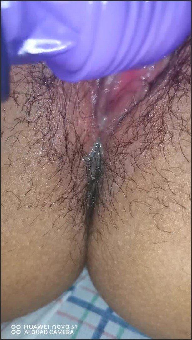 [SD] Mi Nueva Masturbacion Con El Vibrador Orgasmo Al Final - Tiny Pussy - -00:08:58 | En La Cama, Apex - 132 MB
