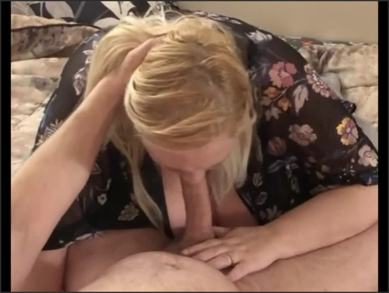 [HD] Great Cock Sucking And Footjob With A Nice Cumshot Full - TwoFreaksInNH - -00:11:58   Verified Couples, Amateur - 102,6 MB