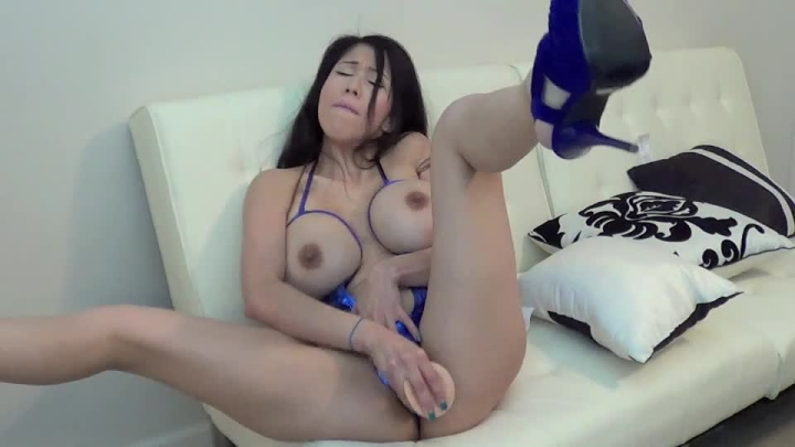 Vee Vonsweets Crotchless Sling
