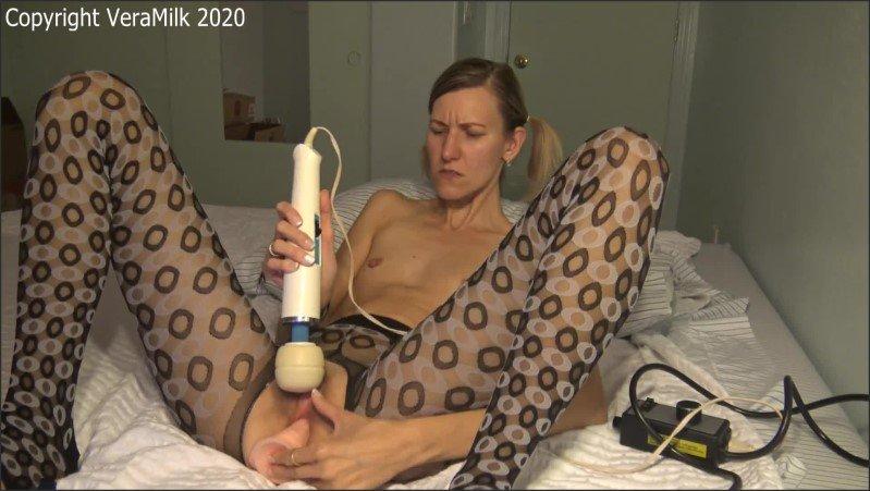 [Full HD] Hairy Sch--Lgirl In Crotchless Pantyhose Dildo Hitachi Masturbation Show  - Vera Milk - -00:25:46 | Solo Female, Small Tits, Russian - 515,8 MB