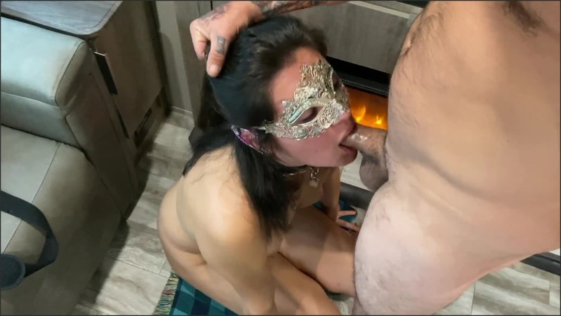 [Full HD] Cosplayer Veronica Facial In Front Of The Fireplace  - Veronica And Miqayel - -00:06:51 | Amateur Blowjob, Small Tits - 167,3 MB