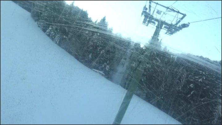 Brunette Teen Masturbate In Ski Lift Jeune Brune Se Touche Au Ski