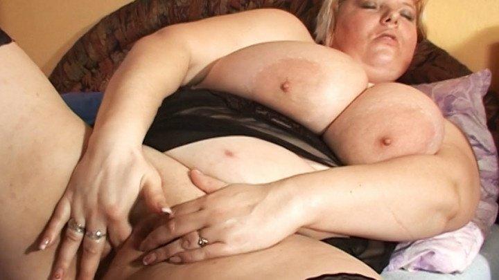 Vidzflix Busty Bbw Milf Alone At Home