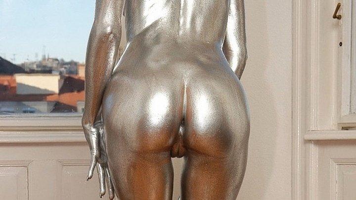 Vidzflix Silver Metallic Mannequins Posing