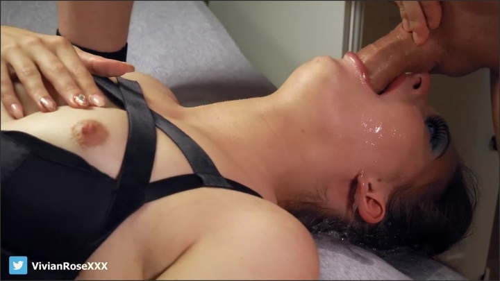 [Full HD] Amateur No Mercy Deepthroat Extreme Throat Bulge And Brutal Cum In Throat - Vivian_Rose - - 00:09:23 | Throat Bulge, Throat Buldge - 224,5 MB