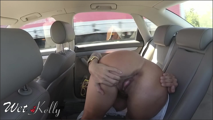 [Full HD] Drivers Watch Me Masturbating On The Highway Gives Me Huge Orgasm Wetkelly - Wet Kelly - - 00:06:43 | Girl Masturbating, Car Masturbation - 153,1 MB
