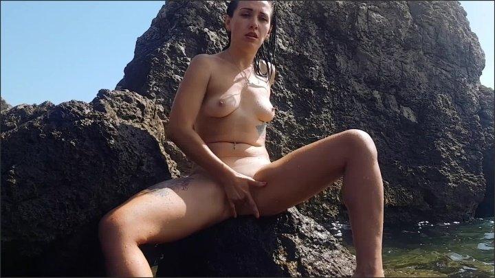 Wirtoly Public Masturbation On The Beach