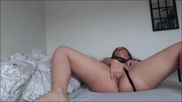 [Full HD] Teen Redhead Cam Girl Masturbation Rubbing Clit Fingering Pussy And Orgasm - XO Bunny - - 00:10:31 | Big Tits, Finger Pussy, Red Head - 131,6 MB