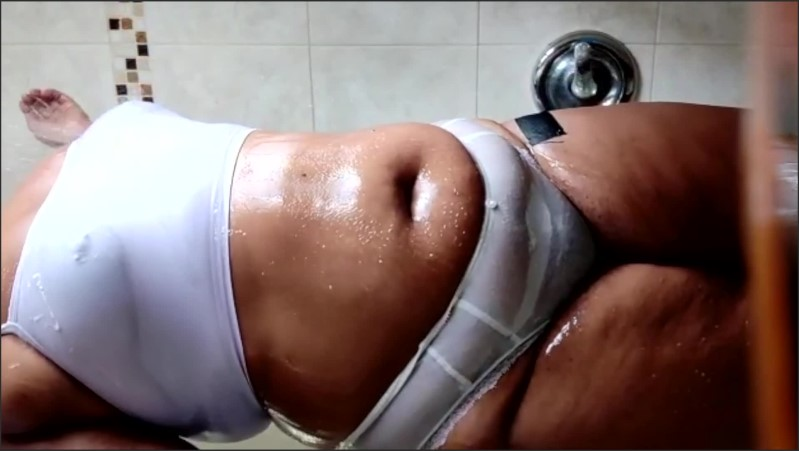 [Full HD] Cleaning Lady Gets Her Panties Wet In The Shower And Plays With Her Pussy - YingTakingYang - -00:14:52 | Big Tits, Shower - 861,6 MB