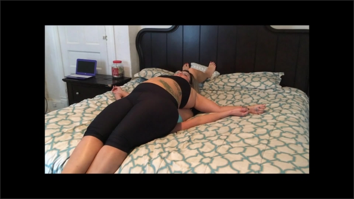 [Full HD] Bbw Smothering Skinny Girl - Zoe Grappling - - 00:06:30 | Verified Amateurs, Exclusive, Kink - 216,7 MB