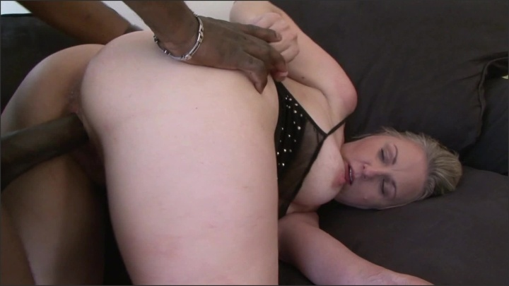 Adultcandystore Thick Slut Wife Bbc Doggy Style To Mouth