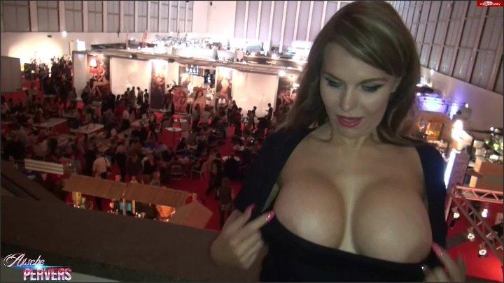 Aische Pervers Pornoskandal Auf Der Venus 2015 Mit Aische-Pervers