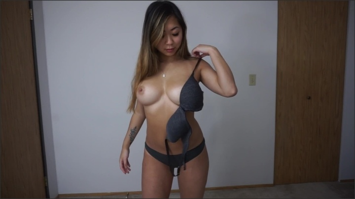 [Full HD] Stripping Out Of Jeans And Rubbing My Clit - Ashleyaoki - - 00:08:22 | Big Boobs, Amateur - 113,5 MB