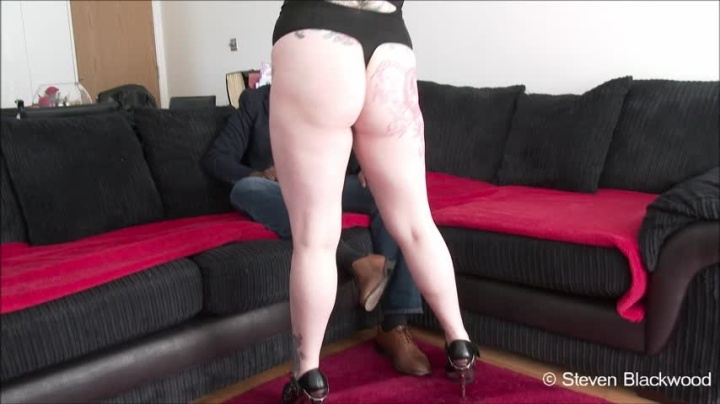 B1Ackwood Horny Fuck Session With Inked Goth Girl