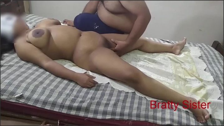 [HD] Bratty Sister Hot Sister Massaged By Stranger - Brattysisters - - 00:14:25 | Hot, Big Tits, Amateur - 183,3 MB