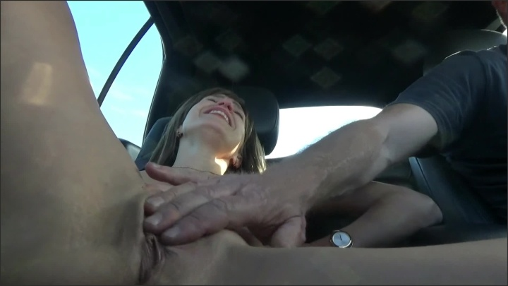 [Full HD] Fantastic Orgasm In The Car - Cindyangel - - 00:06:02 | Masturbate, Brunette - 126,6 MB