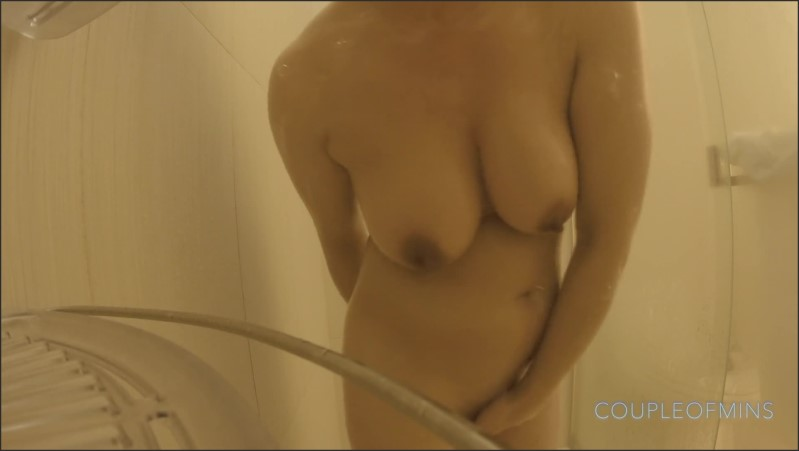 [Full HD] 4K Caught My Japanese Airbnb Showering Big Tits  - Coupleofmins - -00:07:23 | Squirt, Solo Female, Big Boobs - 70,3 MB