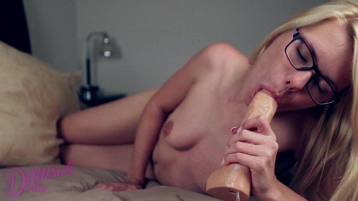 Damselshd Izzy Delphine Cum In My Mouth