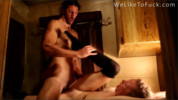 [Full HD] Fucking Fucking And More Fucking - Fuckinghippies - - 00:21:33 | Fuckinghippies, Teen Couple - 376,2 MB