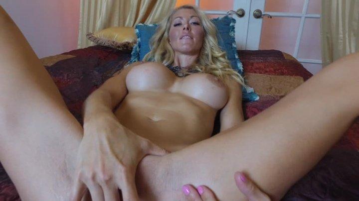Hollyhotwife After Photoshoot Orgasm