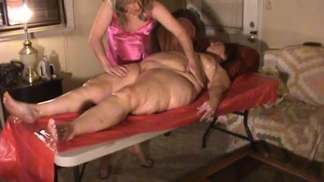Hotlynn Exotic Hot Oil Massage