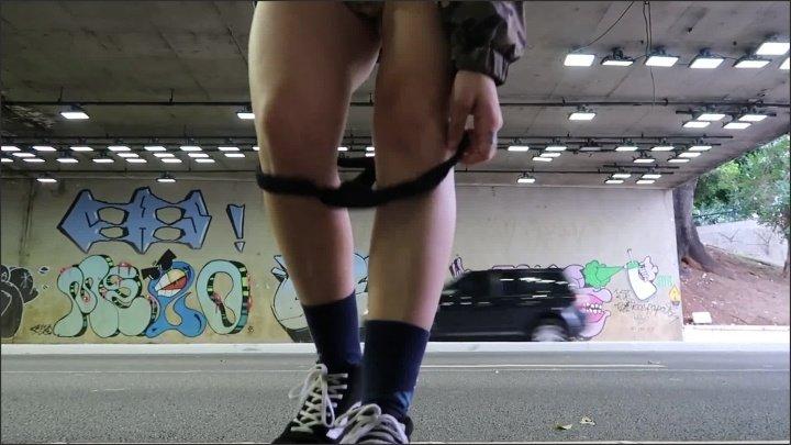 [Full HD] Novinha Safada Gozando Na Rua - Julicecam - - 00:09:05 | Teen, Public, Outside - 222,8 MB