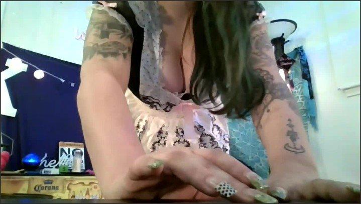 [HD] French Maid Smoking Striptease And Fun - Kendalkink - - 00:11:45 | Solo Female, Smoking Fetish, Verified Amateurs - 148,5 MB