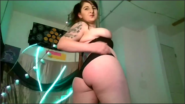 [HD] Worship This Godess Doing Pole Tricks And Strip Tease For You - Kendalkink - - 00:15:18 | Amateur, Pole Dance Strip - 194,7 MB