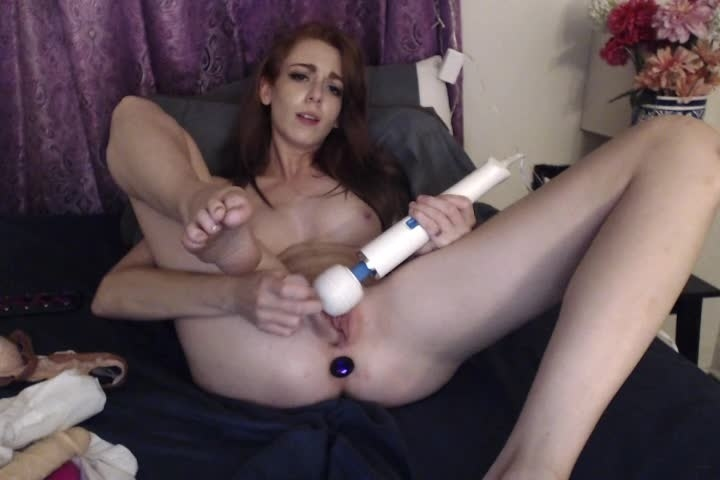 [SD] Kittykendall Masturbating Alone At Home Mmm - Kittykendall - ManyVids - 00:06:54   Glass Dildos, Redhead - 139,6 MB