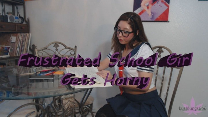 [Full HD] Kushlungs666 Frustrated Sch--L Girl Gets Horny - Kushlungs666 - ManyVids - 00:20:00 | School Uniform, Strip Tease - 2,3 GB