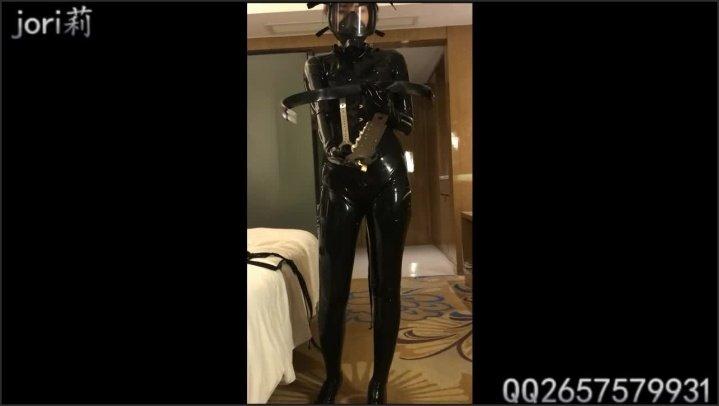 [HD] Latexhk 520 Latex Girl Breathplay And Hardcore Masturbating - Latexhk 520 -  - 00:25:10 | Skinny, Hd Porn, Brunette - 200,6 MB