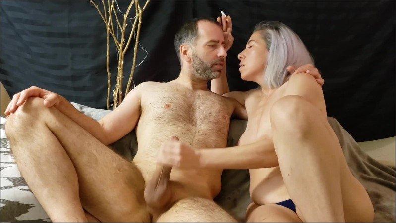 [Full HD] Eve Giving Sensual Handjob While Smoking - Misshornymiss - -00:12:15 | Masturbation, Smoking Fetish - 261,3 MB