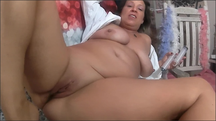 [Full HD] Nurse Nikki Farts - Naughtynikki777 - - 00:09:33 | Big Boobs, Amateur Milf - 222,9 MB