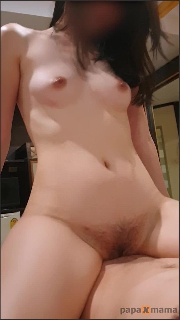 [SD] Papaxmama Horny Teen Girl Gets Squirting Orgasm While Riding Hard Cock  - Papaxmama -  - 00:06:14 | Vertical, Teenager, Female Orgasm - 103,1 MB