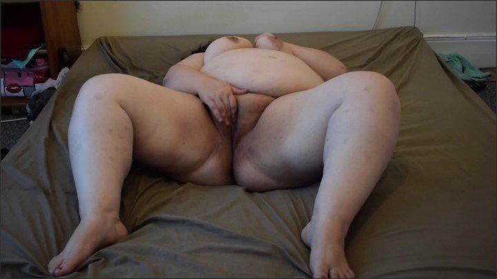 [Full HD] Hairy Pussy Play - Paulemmabbw - - 00:08:08   Ssbbw, Fat Wife, Solo Female - 266,5 MB