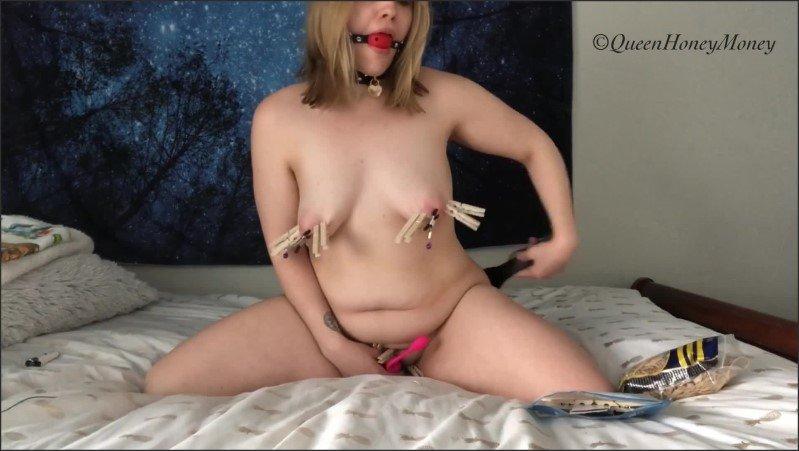 [Full HD] Ballgagged Slut Spanks Herself While Riding Dildo  - Queenhoneymoney - -00:11:51 | Dildo Ride, Spanking - 577,2 MB