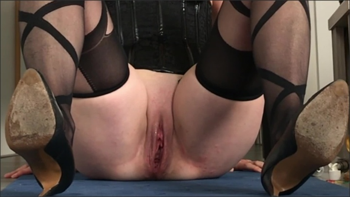 [Full HD] Pussy Torture To Crying Painslut Clit Vacuum Clit Clamp Nettles In Pussy - Radicalpainslut - - 00:30:50 | Painslut, Blonde - 367,2 MB