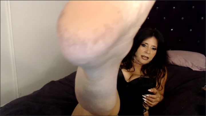 [Full HD] Im Demanding With My Footbitches - Ratherbenaughty - - 00:11:30 | Slave Training, Verified Amateurs - 212 MB