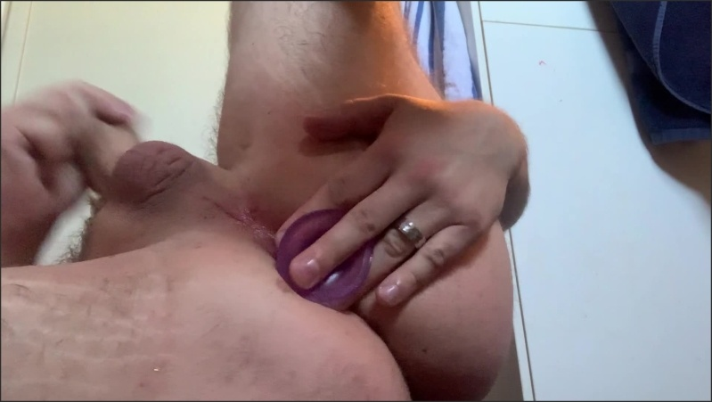 [Full HD] Husband Tries Wife S Toys And Cums On Self  - Roseandknuckles - -00:10:15 | Sex Toys, Butt Plug, Masturbate - 275,6 MB
